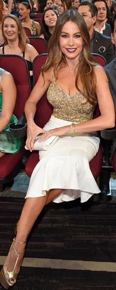 Sofía Vergara: Dress – Marchesa  Jewelry – Neil Lane  Shoes – Christian Louboutin