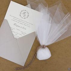 Μπομπονιέρα Γάμου με Τούλι Wedding Favors, Wedding Decorations, Wedding Day, Place Cards, Place Card Holders, Sweet, Ideas, Invitation Cards, Invitations