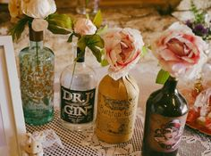 Gin Inspired Wedding With Rustic Wildflower Decor At Pimhill Barn With Bride in Rue De Seine And Images From Leah Lombardi Wedding Table Decorations, Diy Centerpieces, Decoration Table, Barn Dance Decorations, Rustic Wedding Tables, Wedding Bottles, Paper Flowers Diy, Diy Paper, Flower Girl Basket