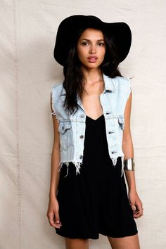 Urban Renewal Cropped Denim Vest #urbanoutfitters