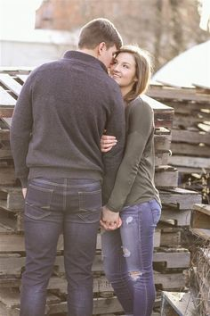 It was a perfect day for a winter engagement session with Matt and Kate .