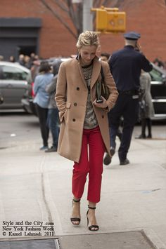 classic trench with a pop of red. Love the sandals, a nice twist! fashion weeks, paris fashion, color, camels, street styles, camel coat, new york fashion, blues, red pants