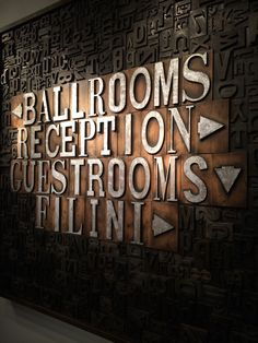 Cool way to label rooms - Interal signage at Radisson Blu Aqua Hotel in Chicago, IL Hotel Signage, Office Signage, Wayfinding Signs, Signage Display, Chicago Hotels, Hotel Interiors, Environmental Graphics, Hospitality Design, Room Themes