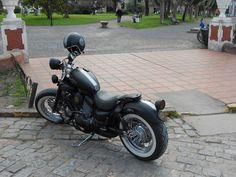 virago bobber Virago Bobber, Virago Cafe Racer, Virago 535, Bike Ideas, Bobbers, Motorbikes, Motorcycles, Wheels, Ford