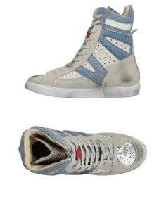 Ishikawa Women Sneakers on YOOX. The best online selection of Sneakers Ishikawa. YOOX exclusive items of Italian and international designers - Secure payments Ishikawa, Soft Leather, High Top Sneakers, Flats, Grey, Collection, Shopping, Fashion, Loafers & Slip Ons