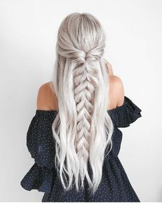 Trendy Chic Braided Hairstyle Ideas You Should Try - Pull through braid half up .Trendy Chic Braided Hairstyle Ideas You Should Try - Pull through braid half up . Plaits Hairstyles, Unique Hairstyles, Hairstyles With Bangs, Girl Hairstyles, Hairstyle Ideas, Lob Hairstyle, Lob Haircut, American Hairstyles, Barbie Hairstyle
