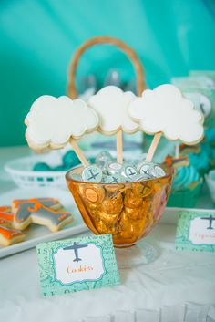 Cloud cookies on sticks at a Airplane Party #airplane #partycookies