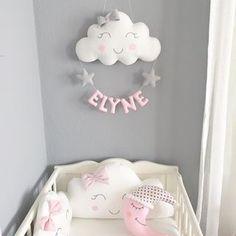 Que de la douceur ☺️☺️ prix et renseignements dans mon e-shop, lien dans ma bio. . . . . #chambrebebe#bebe#nuage#decoration#fille#girl#mama#maman#creatrice#grossess#enceinte#baby#babyshower#decor#babyroom