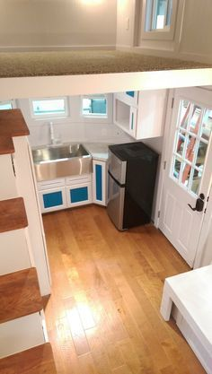 Victorian Tiny House, something like this interior might be nice :)