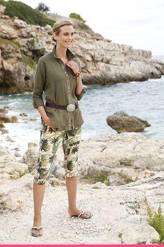 Safarivihreä on varma kesän merkki! Capri, Fashion, Moda, La Mode, Fasion, Fashion Models, Trendy Fashion, Isle Of Capri