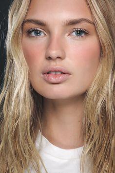 Master the art of strobing with makeup maestro Wayne Goss | Fenwick
