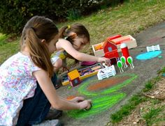 farm blocks and sidewalk scenes - need my woodworker to cut out some wood trees and buildings so we can paint them and do this Farm Crafts, Daycare Crafts, Wood Crafts, Free Activities, Craft Activities For Kids, Crafts For Kids, Scene Kids, Thomas The Train, Down On The Farm