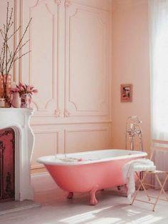 Pastel bathroom with pink walls and yellow bath just so pretty! Romantic Bathrooms, Chic Bathrooms, Beautiful Bathrooms, Bad Inspiration, Bathroom Inspiration, Interior Inspiration, Bathroom Ideas, Bathroom Designs, Bathroom Gallery