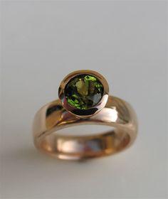 oh.my.gosh. i want this soooooo bad!  pakistan peridot and rose gold