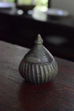 「野口悦士展 おいしい焼締め」  碗・湯呑・台皿 : うつわノート