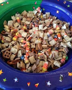 Quick Halloween Party Mix - YUM! - 100 Directions