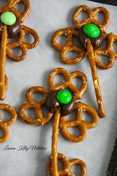 Pretzel Shamrocks are a fun and easy treat!