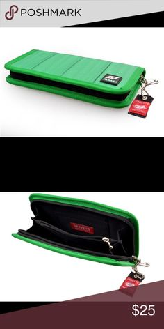 "FD Takata Green Woman Wallet 100% Brand New with High Quality Green Color FD Takata Wallet 3 small slots and 1 big slot in the left side  3 small slots and 1 big slot in th right side Red Harvey Word Made in USA Good for Money, Coins and Cards Size: 8"" x 4.5"" Bags Wallets"