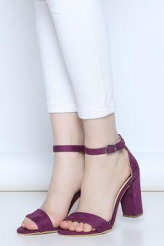 Mor Topuklu Sandalet