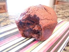 ALL THINGS DELICIOUS: Chocolate Banana Muffins
