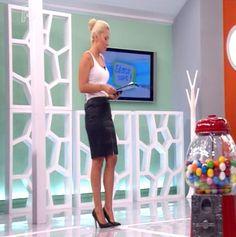 maria-iliaki Leather Skirt, Mini Skirts, Style Inspiration, Celebrities, How To Wear, Beautiful, Pencil, Closet, Fashion
