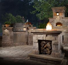 Complete your outdoor kitchen with a Chicago Brick Oven #WexfordElements