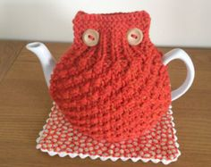 Burnt Orange hand knitted tea cosy with wooden button detail - Size LARGE to fit 10 cup teapot (1.7 Litre) - READY to SHIP