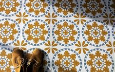 Sorzano is currently out of stockThese self adhesive vinyl floor tiles are inspired by a traditional Spanish design and are designed and manufactured by online boutique, Zazous. The finish is …