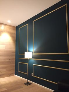 Elegant wall design with golden stucco moldings - # 1 trimester pregnancy . - Elegant wall design with golden stucco moldings – Pregnancy - Home Room Design, Home Interior Design, Interior Decorating, Home Decor Bedroom, Living Room Decor, Diy Home Decor, Modern Wall Paneling, Panelling, Wall Panel Design