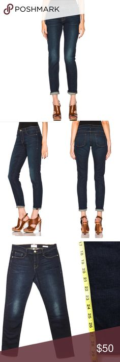 •{New!}• FRAME Denim Le Garçon Rosewood Perfectly slouchy, these cropped boyfriend jeans—in a classic, worn-in blue wash—are both flattering and laid-back. Pair them with skate shoes and simple tees or dress them up with heels.   Condition:  No visible flaws, in excellent condition. Wash:  Rosewood Fabric:  93% Cotton / 6% Polyester/ 1% Spandex Five-pocket styling Zip fly button closure Frame Denim Jeans Boyfriend