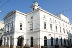 Év színésze szavazás #miskolc Hungary, Notre Dame, Marvel, Mansions, House Styles, Building, Manor Houses, Villas, Buildings