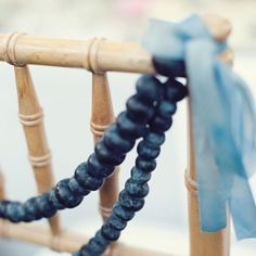 A dreamy palette of dusky and navy blue. (in Italian) photo by Love Life Studios