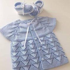 Knitting For Kids Baby Knitting Patterns Baby Patterns Stitch Patterns Layette Baby Items Crochet Baby Baby Booties Baby Sweaters Crochet Baby Jacket, Crochet Baby Sweaters, Knit Baby Dress, Knitted Baby Clothes, Baby Knitting, Knit Jacket, Baby Cardigan, Cardigan Bebe, Baby Vest