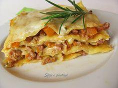 Sfizi e pasticci: Lasagne con zucca e salsiccia