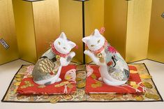 Japanese Cat, Japanese Culture, Sweet Stories, Maneki Neko, Lucky Charm, Cat Art, Cats And Kittens, Hello Kitty, Cat Stuff