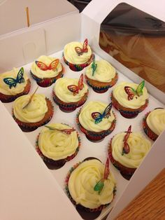 Simple but lovely! Cupcakes