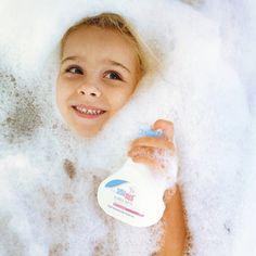 Make bath time fun! New Dads, Bubble Bath, Baby Hacks, Bath Time, Children, Kids, Bathing, Bond, Parenting