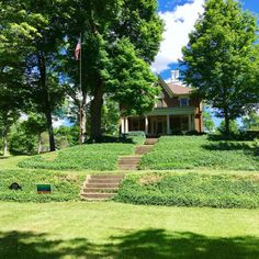 Hillside home in Marshall Michigan #marshallmichigan #historic...