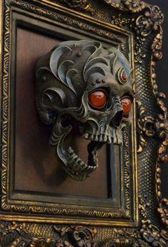 Ornate Fantasy Animal Skull Sculptures by Chris Haas - Popcorn Horror Skull Decor, Skull Art, Memento Mori, Skull Reference, Hand Reference, Pose Reference, Sculpture Metal, Bright Paintings, Sculptures