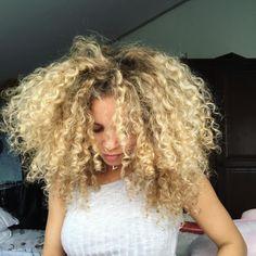 Grow your #afrohair fast and thick https://watermanshair.com/pages/how-to-make-afro-hair-grow-faster/  #BlackGirls #curlyafro # #HealthyHair #Braids #afrostyle #blackwomen #afro #curlysue #Bouncycurls #BlackGirlMagic #afrolatina #afrogirl #curlyhairbeautiful #curlyhair #twistout #washandgo #blackandbeautiful  #fro