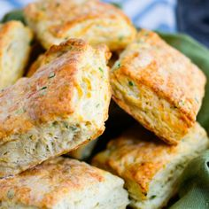 Savory Goat Cheese & Chive Biscuits - crossover with necessary flour replacements. Healthy Bread Recipes, Snack Recipes, Cooking Recipes, Snacks, Savoury Biscuits, Cheese Biscuits, Cheese And Chive Scones, Goat Cheese, Empanadas