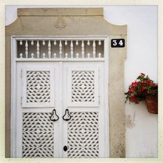 Tavira, traditional reixa doors Algarve, Arched Doors, Shades Of White, Painted Doors, Portugal, Around The Worlds, Windows, Traditional, Spaces