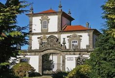 CASA DAS TORRES Places In Portugal, Portugal Travel, Portuguese Culture, Sims House, Azores, Beautiful Architecture, Places To Travel, Spain, Around The Worlds