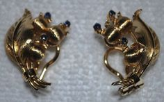 Vintage-Tiffany-Co-18K-750-Y-Gold-Lily-of-the-Valley-Sapphire-Clipon-Earrings