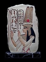 Risultati immagini per scultura egizia