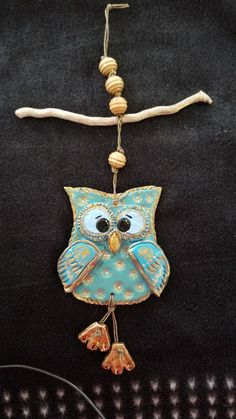 Most up-to-date Totally Free owl Sculpture Clay Suggestions There are lots of forms of clay-based utilized for bronze sculpture, just about all differing concerning mana Clay Owl, Clay Birds, Pottery Sculpture, Sculpture Clay, Bronze Sculpture, Owl Crafts, Clay Crafts, Ceramic Owl, Ceramic Pottery