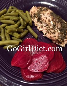 #Skinny Razz-a-Dazz Chicken Recipe #3ingredients For more #healthyrecipe like my FB page @ https://www.facebook.com/gogirldiet