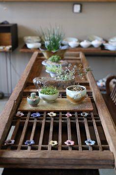가삼도예 ,박소연작가도자기 ,아름다운 우리도자기 ,가마열린날 ,청자 : 네이버 블로그 Japanese Home Design, Japanese House, Interior Design Living Room, Living Room Designs, Interior Decorating, Slab Pottery, Ceramic Studio, How To Preserve Flowers, Traditional House
