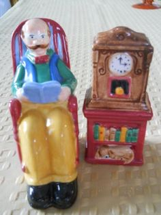 Grandpa and Clock Salt and Pepper Shakers Vintage by DEWshophere, $12.99