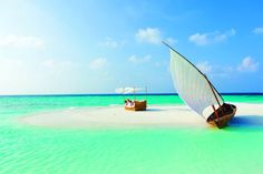 Holiday destinations from singapore: adventure honeymoons in maldives, thailand, and australia honeybrides Male Maldives, Maldives Beach, Maldives Honeymoon, Visit Maldives, Maldives Resort, Maldives Travel, Maldives Tour, Maldives Destinations, Sand Island